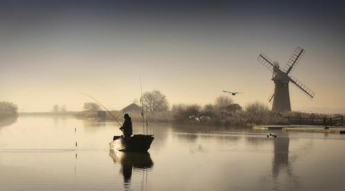 Fishing at Thurne Mill
