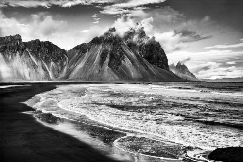 Ivan-Barrett_Vestrahorn.-Iceland