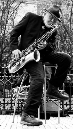 People_Paul Dobson_Prague Saxophonist