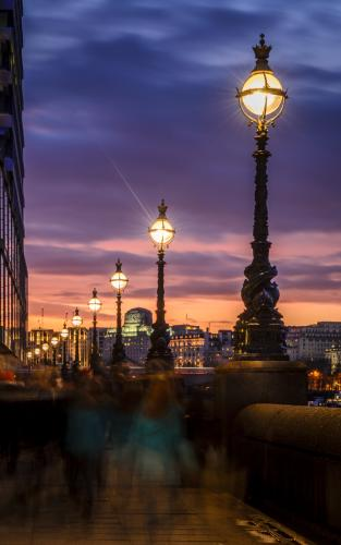 Dusk by the Thames