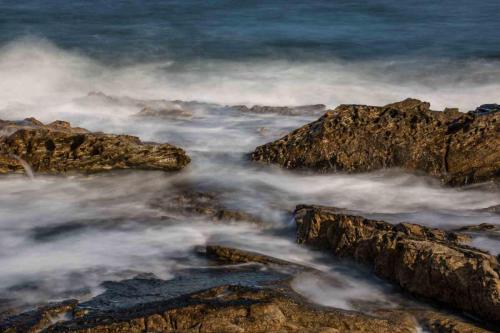 Stephen Hardy_Breaking Waves