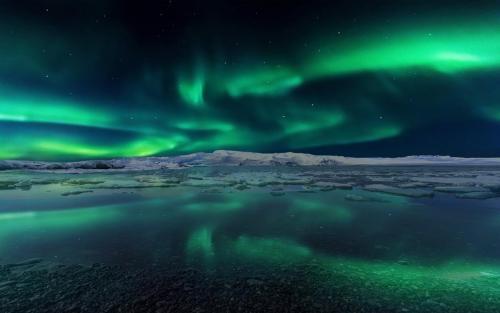 Steve Laws_Iceland Lights